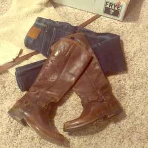 Gorgeous FRYE boot